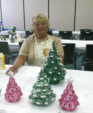 Ocean Lakes Family Campground: Ceramic Christmas Trees for my Kids!