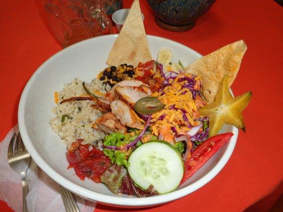 Restaurante El Garaje : Delicious Chicken Burrito Bowl