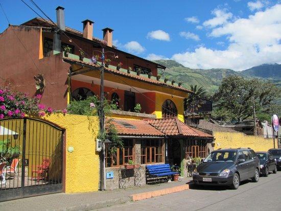 La Posada del Arte: view from the street