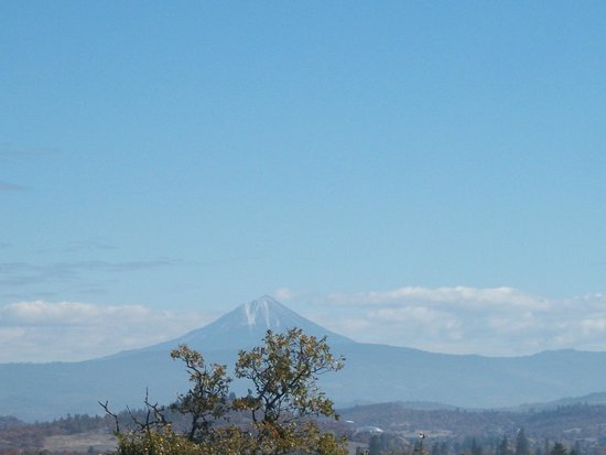 Upper and Lower Table Rock: Mt. McLoughlin   October 31, 2013