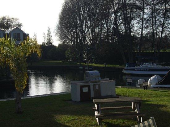 Ramada Resort Rotorua Marama: Grounds