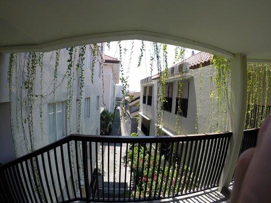 favehotel Seminyak : hotel grounds