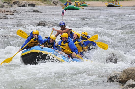Elk Mountain Ranch: Full day raft trip through Browns Canyon