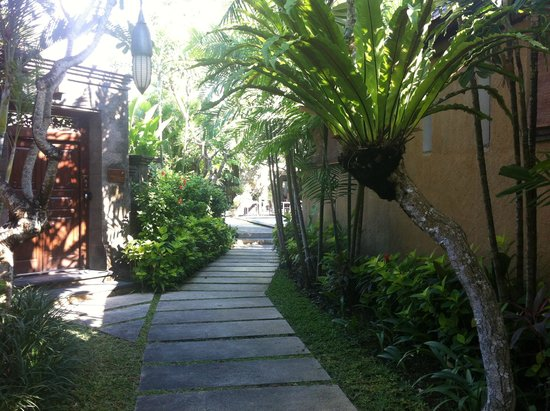 Kamuela Villas and Suite Sanur: Our villa looking towards restaurant.