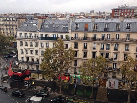 Mercure Paris Bastille Marais: View from 702 - standard twin