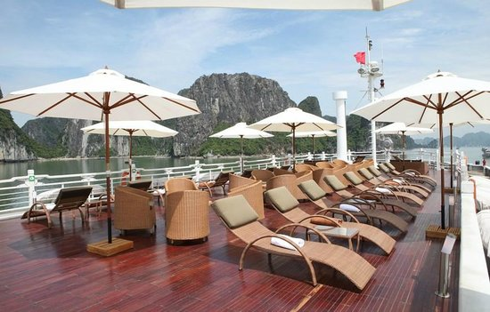 Halong Bay Top Cruises - Private Day Tours