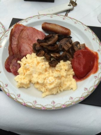 Olive Guest House B & B: Super breakfast