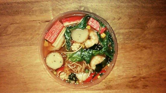 Sumo Noodle Bar: Seafood chilli raman noodle soup bowl