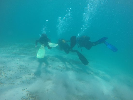 Pierre Sport Diving