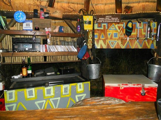 Mount Moreland, Sudáfrica: The Bar