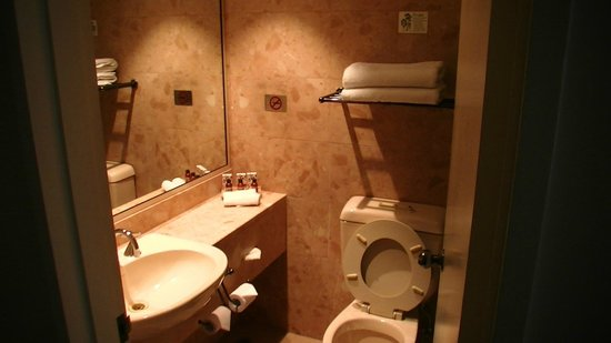 Citiclub Hotel: bathroom