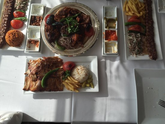 Turkish Village Restaurant & Cafe: Chicken doner, mixed grill, ourfa kebab...all were delish