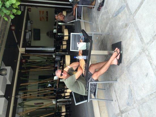 Breakwater: Comfortable seating