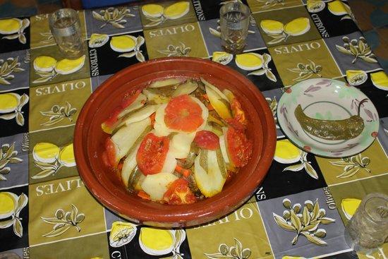 Authentic best cuisine moroccan tagine bild von for Authentic moroccan cuisine