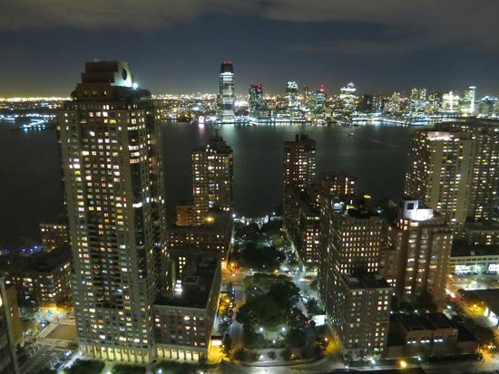 View West Picture Of Holiday Inn Manhattan Financial