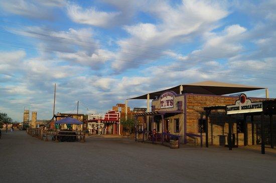 Rawhide Western Town & Event Center: Overzicht van de straat