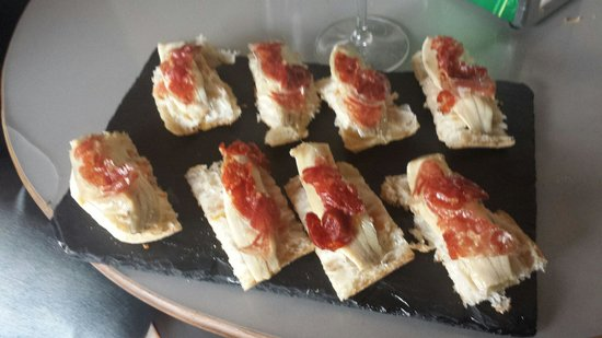 La Esquina de Colás: Sardinas marinadas con jamón 10€