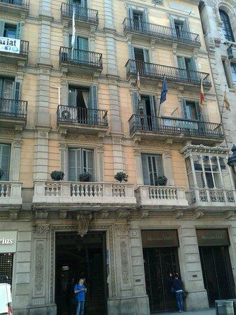 Hostal Lausanne: collocazione dell'hostal in questo palazzo