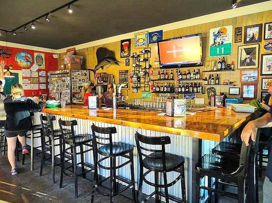 Loco Jo's Bar and Grill: inside