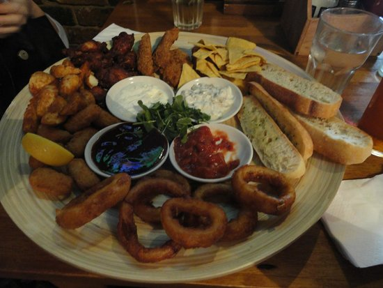 """The """"Classic Combo"""" sharer plate at the Minories. At 12.75£ it easily serves two adults at lunch"""