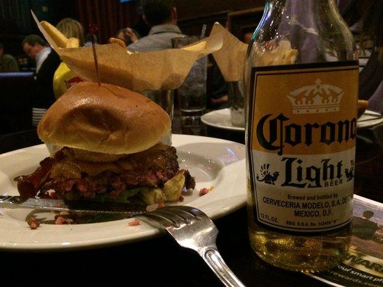 Hard Rock Cafe: O melhor hamburguer