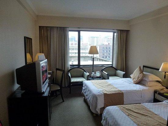Kunming Jinjiang Hotel: 安いランクの部屋