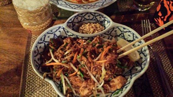 Nok Noy: Nouilles  poulet