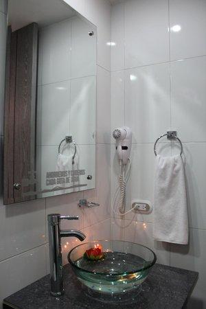 Hotel Bogota Expocomfort: Baño