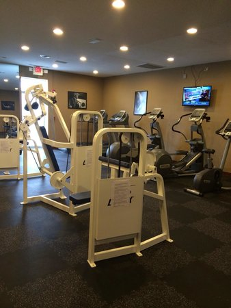 Super 8 Biloxi: Excellent fitness room