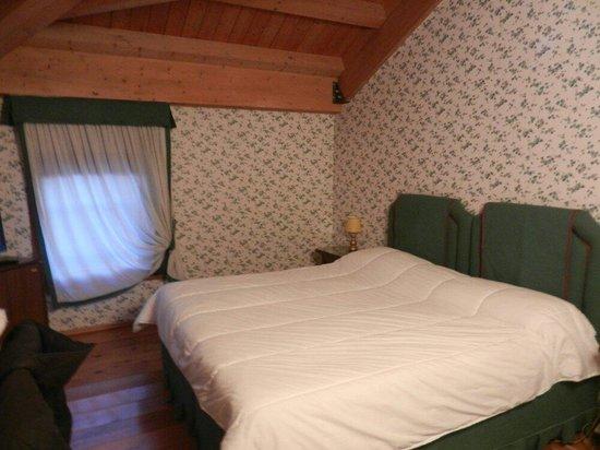 Agriturismo Ca' Tessera : Camera doppia con letto matrimoniale