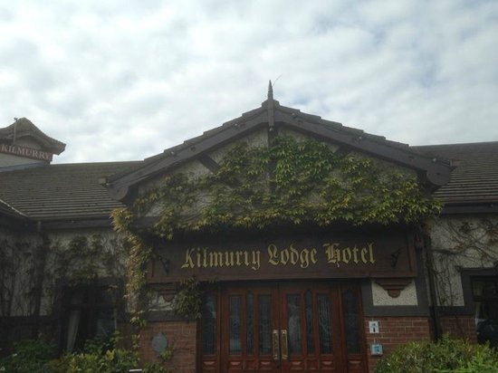 Kilmurry Lodge Hotel : Front of Hotel