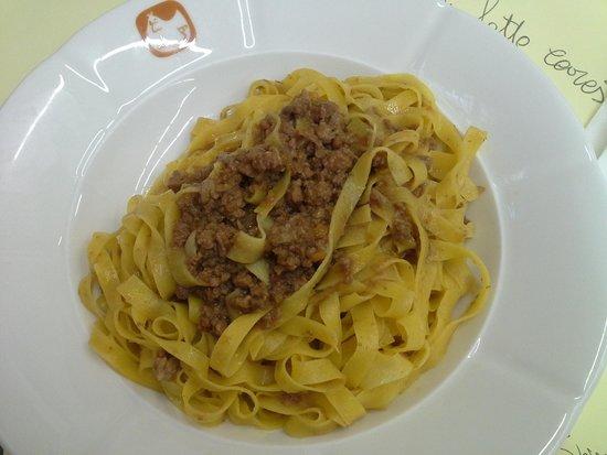 Vecchia Scuola Bolognese: piatto 1
