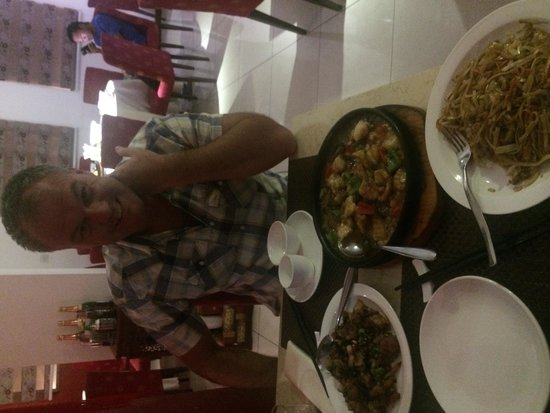 Palace Sichuan Chinese Restaurant: Dinner time