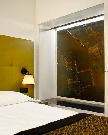 hotel monopole milan: