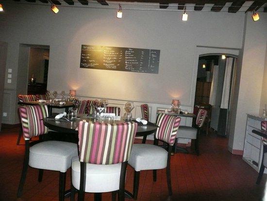 La Table D'Agnes: salle de restaurant