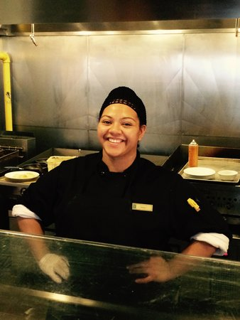 Embassy Suites by Hilton Houston - Energy Corridor: Diana the most fabulous breakfast cook ever!