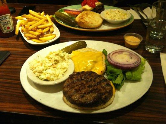 Burgers at the Manhattan Diner
