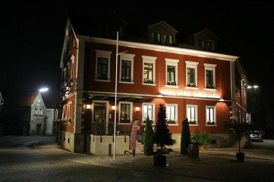 gasthof zum schwan restaurant w rzburg restaurant bewertungen telefonnummer fotos. Black Bedroom Furniture Sets. Home Design Ideas
