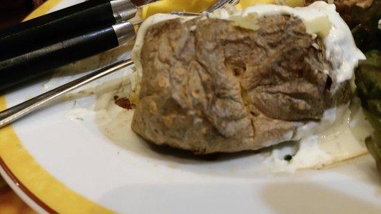 Maredo Steakhouse : So etwas gehört in den Müll und nicht auf einen Teller von einem Gast
