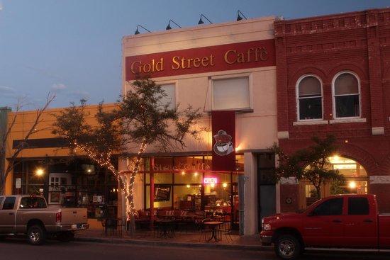 Gold Street Caffe: Facade
