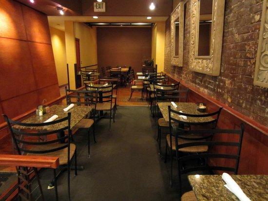 Gold Street Caffe: Dining Room