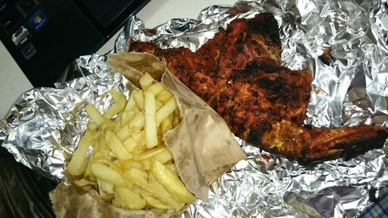 Mamboz Restaurant : Takeaway of fries and chicken
