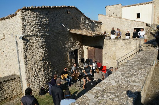 Castello di Roccascalegna: Il borgo della Rocca