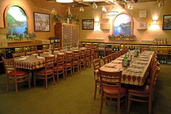 DiGiorgio's Cafe Largo : Group Room
