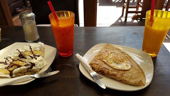 Luna de Miel: Sweet and salty crepes! Delicious!