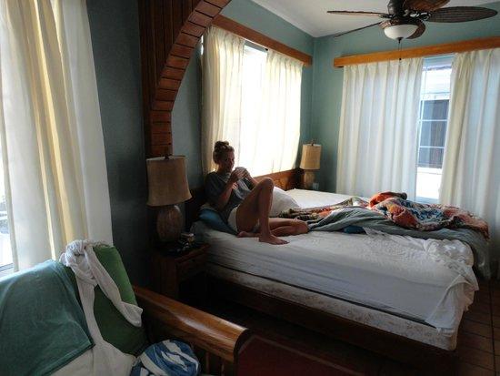 Blue Tang Inn: Inside our room