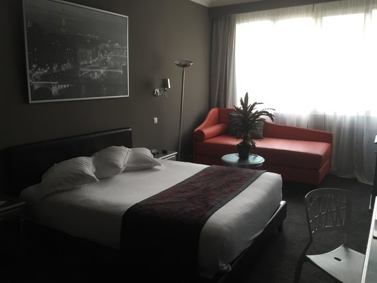 Hotel Etoile Saint-Honore by HappyCulture: Our room