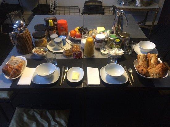 "Maison d'Hotes ""La Galerie"" : desayuno"