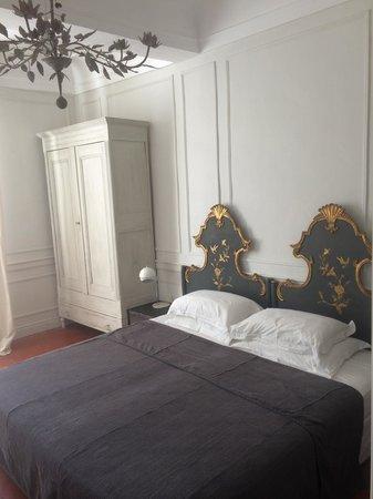 """Maison d'Hotes """"La Galerie"""" : dormitorio"""