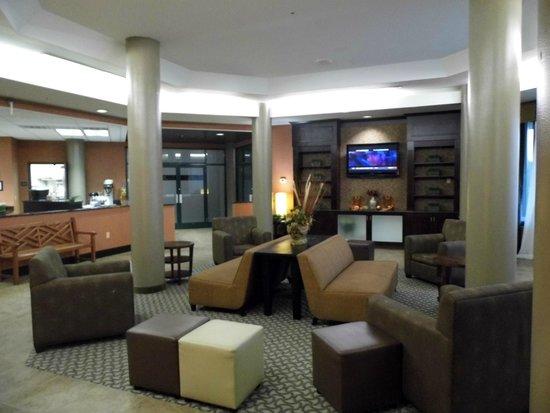 Comfort Suites Raleigh Durham Airport/RTP: Lobby